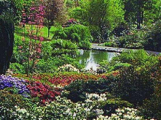 Waldorf Leura Gardens Resort: 4.5 acres of country gardens