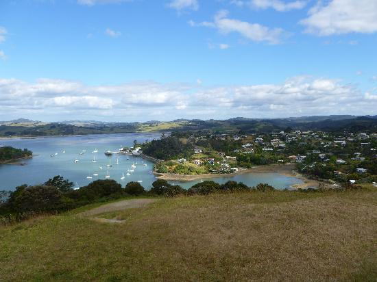 The Old Oak Boutique Hotel: Mangonui from lookout