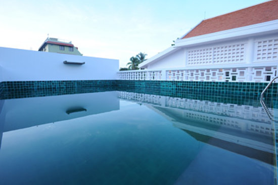 Karavansara Retreat &amp; Residences: Swimming pool