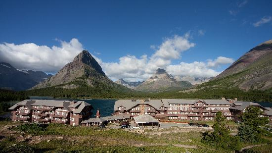 Grinnell Point Und Many Glacier Lodge Picture Of Many