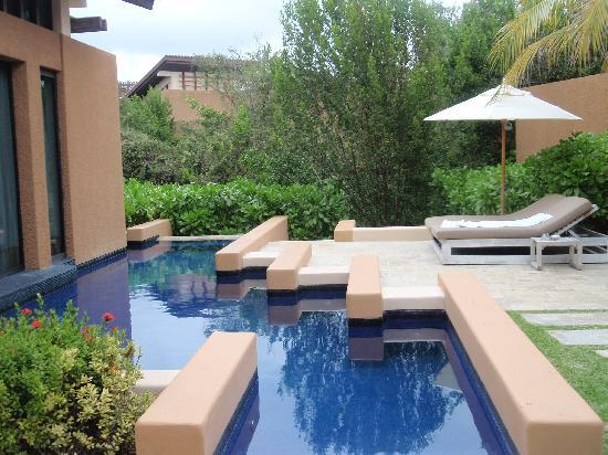 Banyan Tree Mayakoba: Each villa has its own pool!