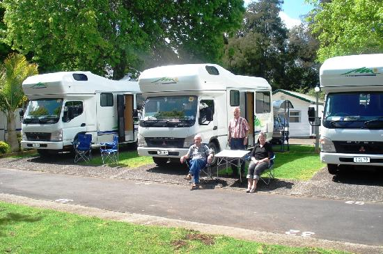 Auckland North Shore Motels & Holiday Park: Campervan/Caravan/ Tent Sites