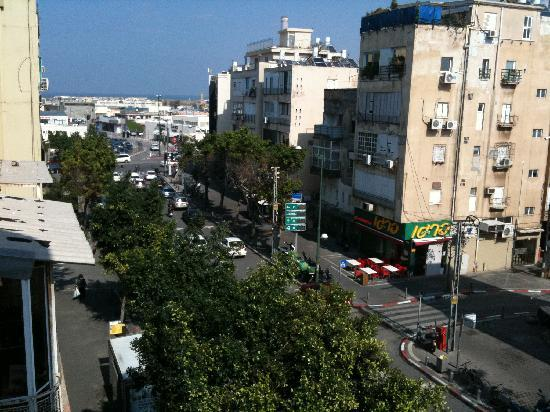 Dizengoff Beach Apartments: View from balcony towards New Port area