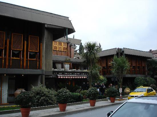Atmosphere Picture Of Beyti Restaurant Istanbul
