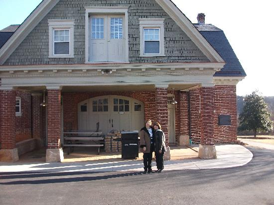 The Carriage House Inn Bed and Breakfast: Friends in front of the former stable