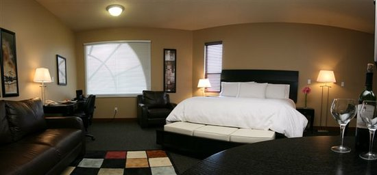 Photo of Podollan Inn, Suites, Rez & Spa Grande Prairie