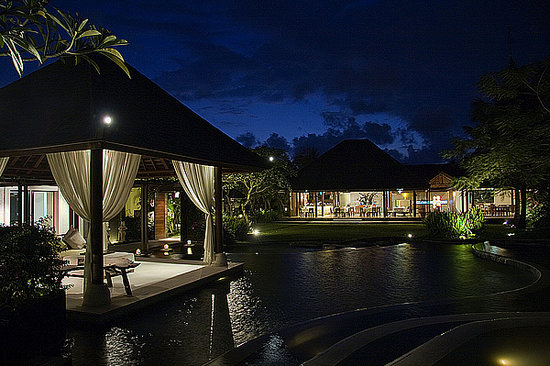 Villa Air Bali Boutique Resort & Spa: Night View at Villa Air Bali
