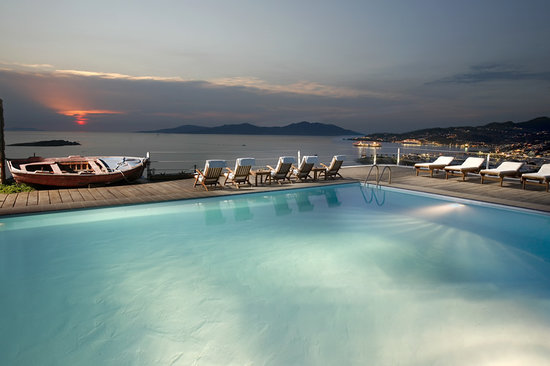 Tharroe of Mykonos Hotel