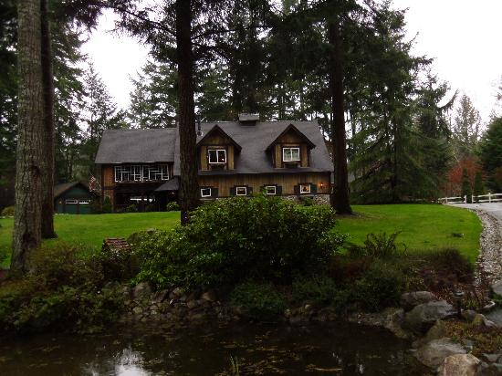 Bear's Lair Bed & Breakfast: The place to be in Gig Harbor
