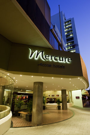 ‪Mercure Perth‬