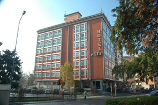 Photo of Hotel Ritz Ivrea Banchette
