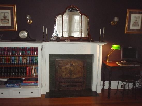Henry Whipple House: Old time fireplace