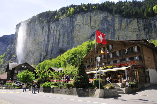 Photo of Hotel Restaurant Schutzen Lauterbrunnen