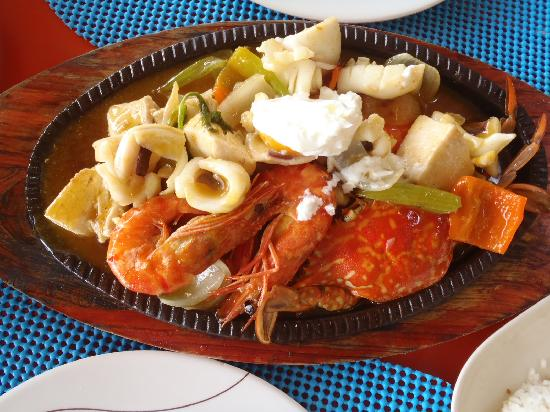 Samal Island, Filipinler: grilled mixed seafoods