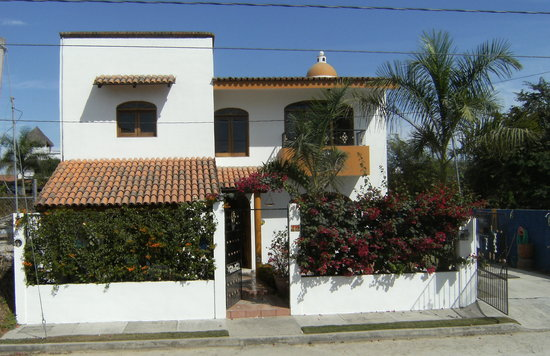 Casa Luna Azul Bed and Breakfast