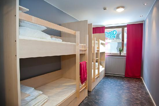 Dream hostel design beds in a four bed room picture of for Room decor ideas in hostel