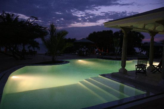 The Majlis Lamu Ltd: One of the two wonderful swimming pools.