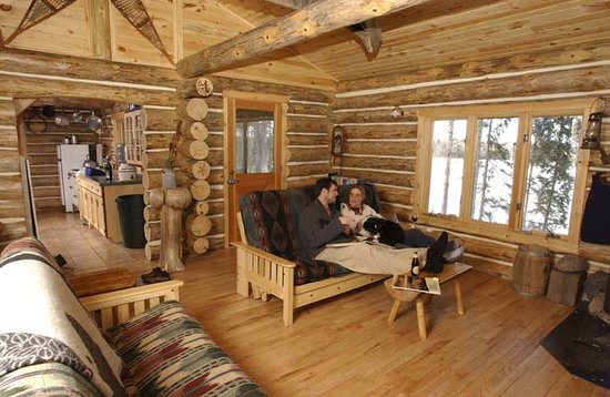 ‪Log Cabin Hideaways‬