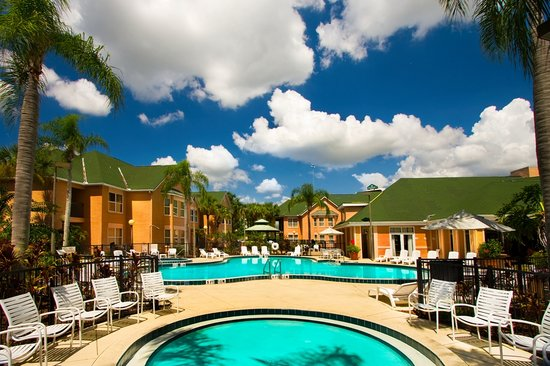 The Palms Hotel and Villas : Palms Hotel and Villas Outdoor Pool