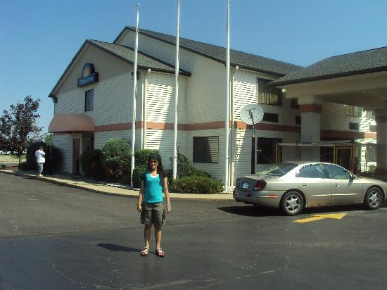 Days Inn Hotel Hillsdale Michigan