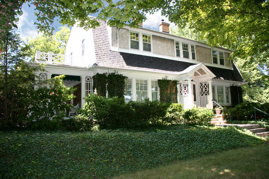 The Ivy House Bed and Breakfast