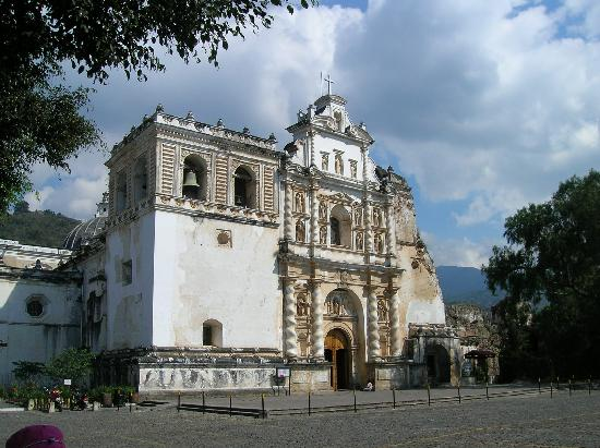 Antigua, Guatemala: Catholic cathedral