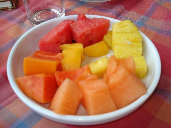 Amatierra Retreat and Wellness Center: Fresh Fruit