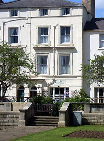 Admiral Hotel: Exterior