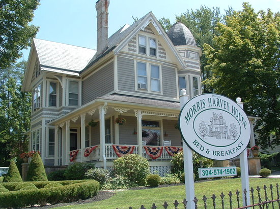 Photo of The Historic Morris Harvey House Bed and Breakfast Fayetteville