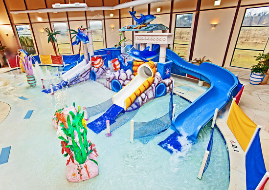 Grand Marquis Waterpark Hotel &amp; Suites : Indoor Waterpark 