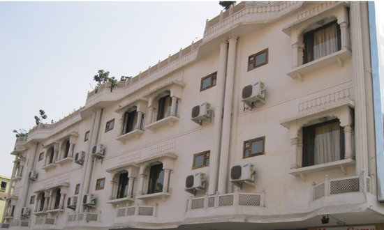 Hotel Crown Jaipur