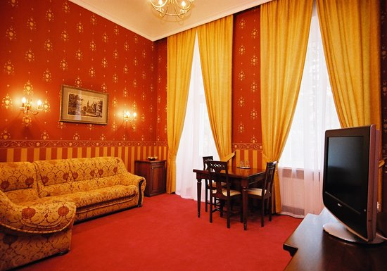 Continental Hotel: Rooms