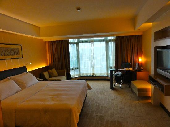 Click to see more reviews of Royal Plaza Hotel Hong Kong from Tripadvisor!
