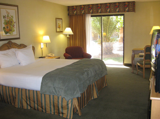 Crystal Inn Hotel & Suites St. George