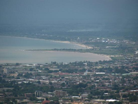 http://media-cdn.tripadvisor.com/media/photo-s/01/c8/39/20/bujumbura-city-view.jpg