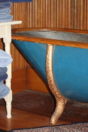 The Kimball House: The beautiful zinc & carved wood tub