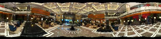 The Leela Kempinski Gurgaon Delhi NCR: 360 view of the hotel lobby