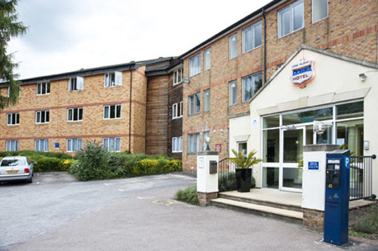 Photo of Long Island Hotel Rickmansworth
