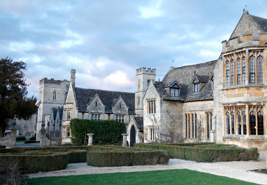 ‪Ellenborough Park‬