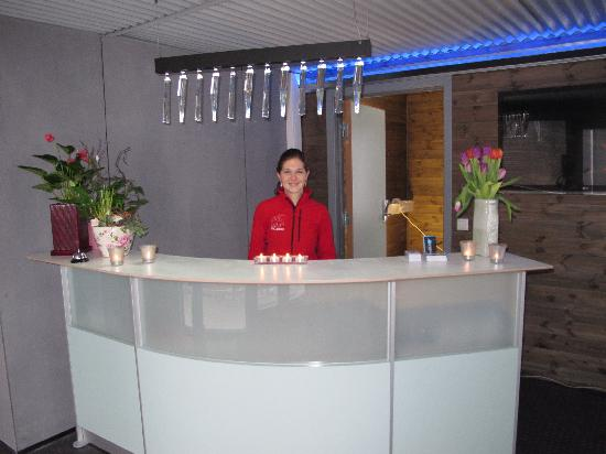 Svalbard Hotel: Hotel manager Marcela at your service!