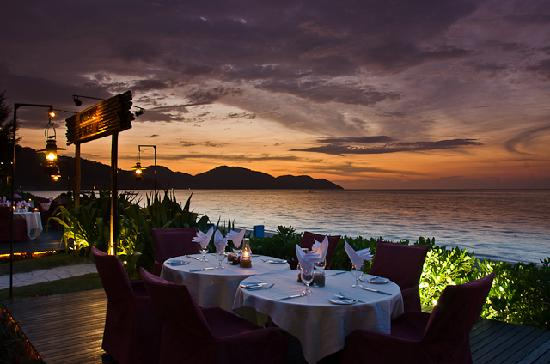 PARKROYAL Penang Resort, Malaysia: Sunset Dinner at Uncle Zack's Restaurant