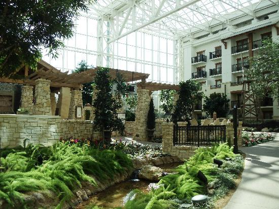 Grapevine, TX: This resort is very large