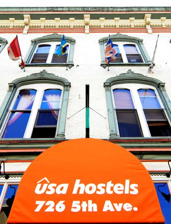 USA Hostels San Diego: Located in the heart of the Gaslamp District