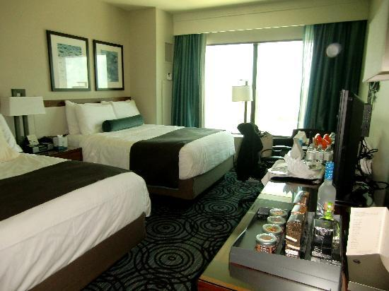 MGM Grand at Foxwoods: Gorgeous large clean quiet room beautiful view