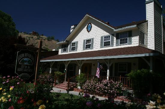 Kern River Inn Bed and Breakfast: entrada
