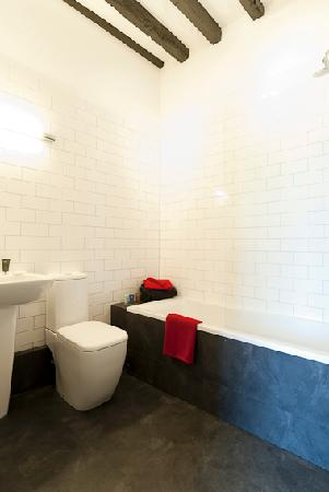 The Kings Arms: En-suite bathroom