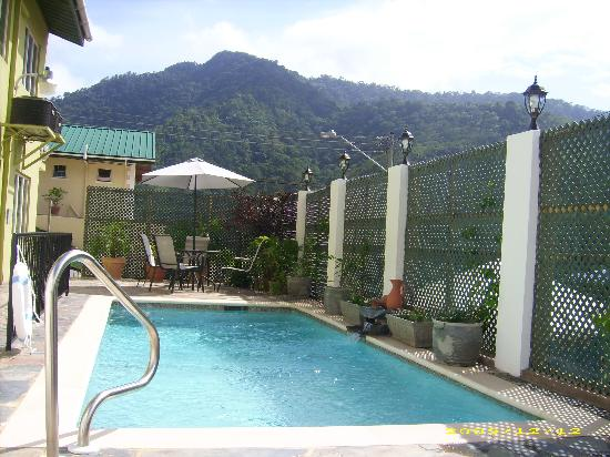 Maracas, Trinidad: guest swimming pool