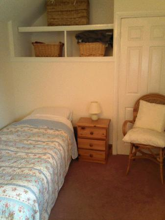 Lodge Farm House: Adjoining bed-room (family room)