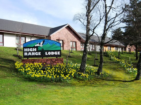 High Range Hotel: Lodge motel outside