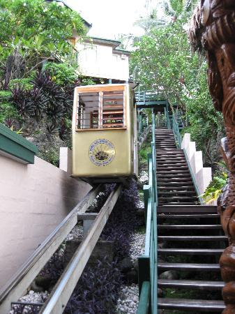 King Solomon Hotel: Cable car to take you to your room